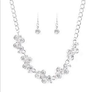 Paparazzi rhinestone silver necklace/earring set